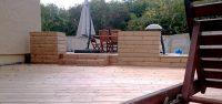Terrasse et jardinière en bois
