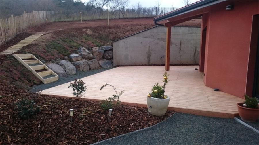 Terrasse et jardin Champeix